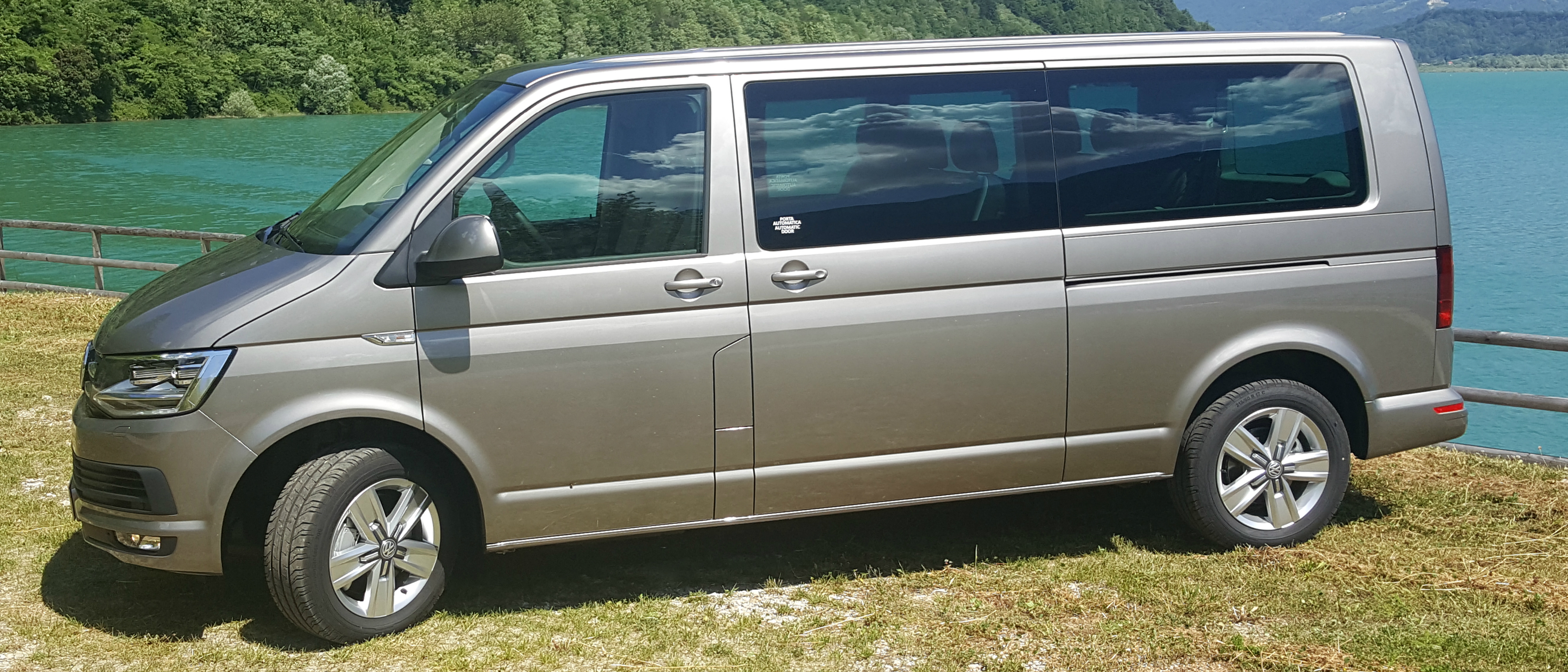 CAR RENTAL WITH DRIVER OR ALTERNATIVE SERVICE TO THE TAXI OF THE PROVINCE OF BELLUNO